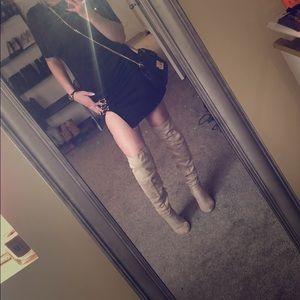 Black t shirt dress by the Kardashian's size XS